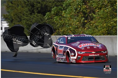 Team Summit Drivers Vie for Pro Stock Championship at Auto