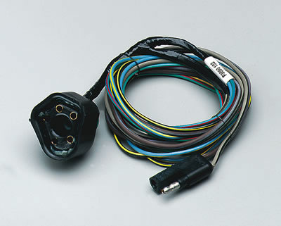 dcc 3690152 mopar performance control unit wiring harness kits p3690152ab 1984 dodge w150 wiring harness at bayanpartner.co