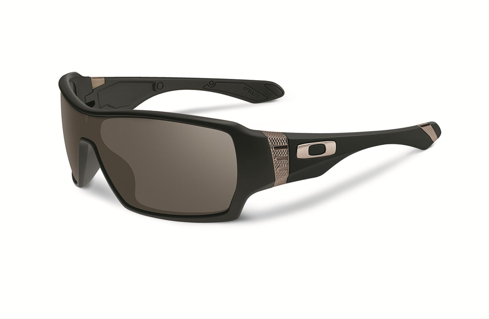 c60c1dbdb8b Oakley Offshoot Sunglasses OO9190-01 - Free Shipping on Orders Over  99 at  Summit Racing