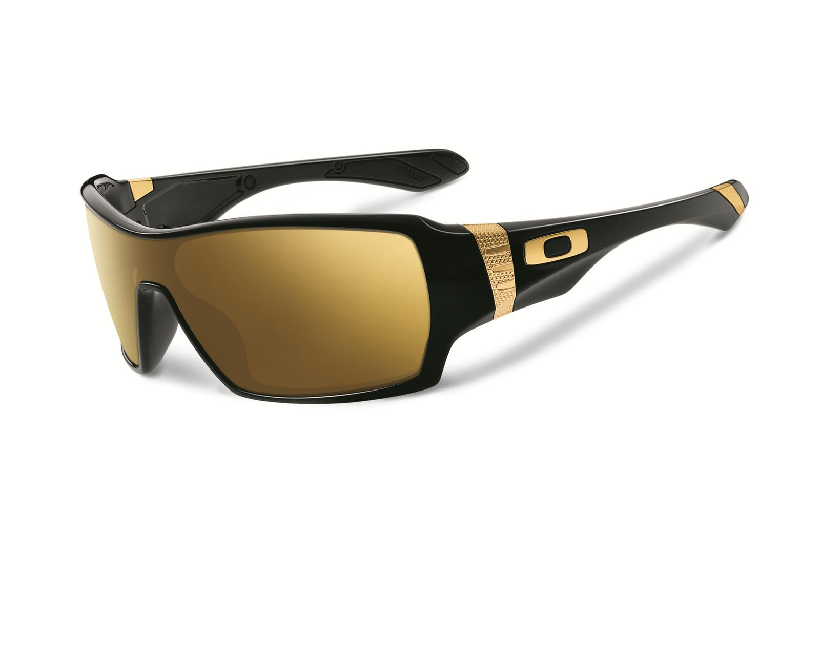 ccbc7b6b3a0 Oakley Shaun White Signature Series Offshoot Sunglasses OO9190-07 - Free  Shipping on Orders Over  99 at Summit Racing
